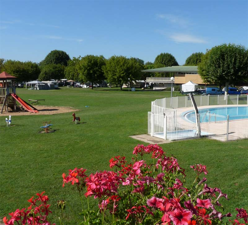 Campings for Jardin val de saone