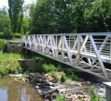 aire de pique nique de la passerelle du pont de st julien