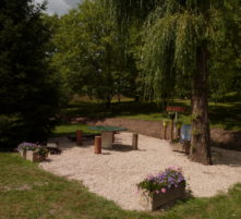 picnic area in guereins